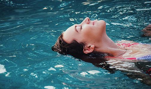 rockypop-hotel-spa-flaine-piscine